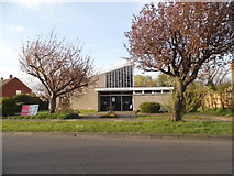 TQ4667 : Poverest Road Baptist Church, Orpington by David Howard