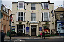 SW8132 : The Quayside Inn on Arwenack Street, Falmouth by Ian S