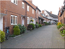 SP0957 : Malt Mill Lane, Alcester by Chris Allen