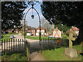 SU8091 : Through the Churchyard Gate by Des Blenkinsopp