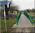 ST3095 : Cyclists Dismount sign, Croesyceiliog, Cwmbran by Jaggery