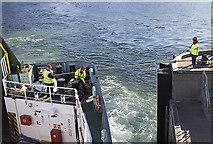 NM8529 : Clansman departing from Oban by William Starkey