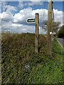 TM3272 : Footpath sign by Adrian Cable