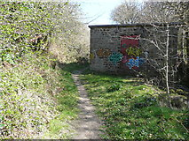 SD9927 : Mystery path and building, Wadsworth by Humphrey Bolton