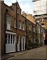 TQ2881 : Bentinck Mews, Marylebone, London W1 by Julian Osley