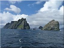 NA1506 : Sea stacks north of Hirta by James Allan