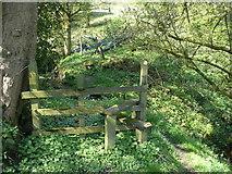 SE0722 : Stile on Sowerby Bridge FP81 (Upper Wat Ing path), Norland by Humphrey Bolton