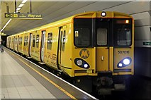 SJ3590 : Merseyrail Class 507, 507016, Liverpool Lime Street railway station by El Pollock
