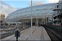 SJ8499 : New roof, Manchester Victoria railway station by El Pollock