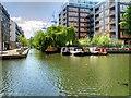 TQ3283 : Regent's Canal, Wenlock Basin Branch by David Dixon