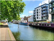 TQ3283 : Regent's Canal, Union Wharf by David Dixon