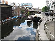 TQ2681 : Lapwing - narrowboat in Paddington Basin by David Hawgood