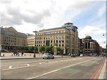 NT2473 : Modern offices, Lothian Road, Edinburgh by Graham Robson