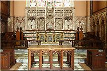 TQ2878 : St Michael, Chester Square - Chancel by John Salmon