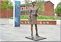 """J3373 : """"Mother Daughter Sister"""" sculpture, Sandy Row, Belfast - June 2015(1) by Albert Bridge"""