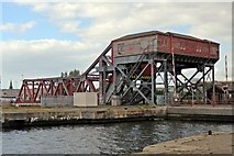 SJ3290 : Tower Road bascule bridge, Birkenhead by El Pollock