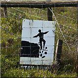 SD7148 : A very graphic warning sign by Ian Greig