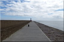 NU0052 : Northern Breakwater by DS Pugh