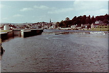 SX9291 : Trew's Weir from the suspension footbridge, 1981 by Nigel Thompson