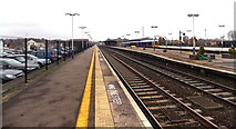 SU5290 : Platform 1 at Didcot Parkway railway station by Jaggery