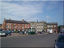 SK4003 : Market Bosworth market place with Dixie Grammar School behind by John Welford