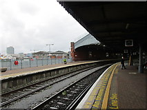 W6872 : Through platforms, Cork Kent Station by Jonathan Thacker