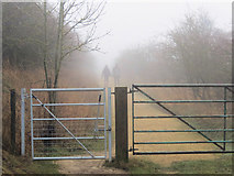 SP9314 : A gateway on the ring road at College Lake, near Tring by Chris Reynolds