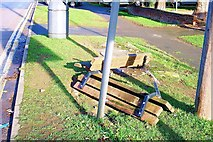 TF0920 : Public seat vandalised at Bourne, Lincolnshire by Rex Needle