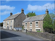 NY6366 : Cottages in Gilsland by Mike Quinn