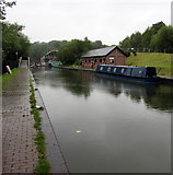 SO9491 : West along the Dudley Canal, Dudley by Jaggery