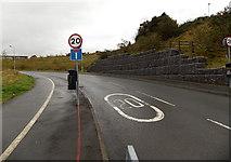 SS8591 : Start of the 20 zone, Ffordd Dysgu, Maesteg by Jaggery