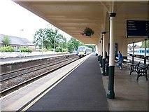 J2664 : The 15.08 Bangor train approaching Platform 2 at Lisburn by Eric Jones