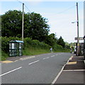 SN1114 : Kiln Park Road bus shelter, Narberth by Jaggery