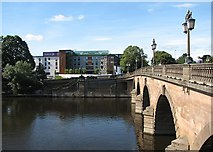 SO8454 : Worcester Bridge, the Severn and New Road Cricket Ground by John Sutton