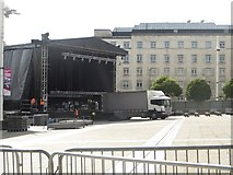 SE2934 : Dismantling the stage, Leeds Millennium Square by Graham Robson