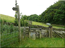 SE0322 : Difficult stile on Sowerby Bridge FP100A at Upper Field House Lane by Humphrey Bolton