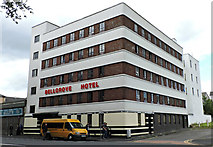 NS6164 : Bellgrove Hotel by Thomas Nugent