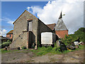 SO6845 : Oast House at Note House Farm, Bosbury by Oast House Archive