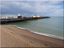 TQ8109 : Hastings pier construction by Oast House Archive