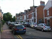 TQ5839 : Meadow Hill Road, Tunbridge Wells by Chris Whippet