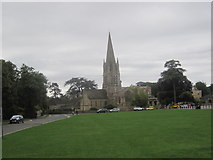 SP3509 : Church on Church Green, Witney by Les Hull