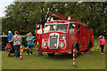 SK8770 : Vintage Fire Engine by Richard Croft