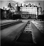 SK3587 : Sheffield Town Hall by Andy Stephenson