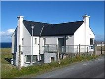 L9802 : Health centre, Inis Oirr by Gordon Hatton