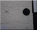 SO7193 : Bench mark & wall tie by Ian Taylor