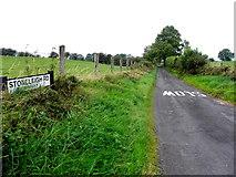 H5572 : Stoneleigh Road, Bracky by Kenneth  Allen
