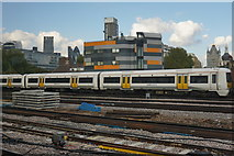 TQ3379 : Train leaving London Bridge Station by Bill Boaden