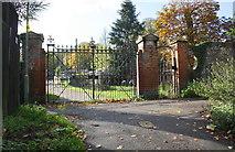 SU7682 : Church Street entrance gates to Henley Trinity School by Roger Templeman