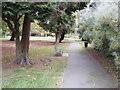 TQ4066 : Knoll Path by Gordon Griffiths