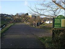 SU4512 : Bitterne Road East allotments by Shaun Ferguson